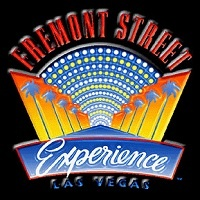 You are currently viewing Fun with Vegas Street Performers: Girls of Fremont