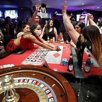 Read more about the article US Gambling Revenue Sets $4.83 Billion Record